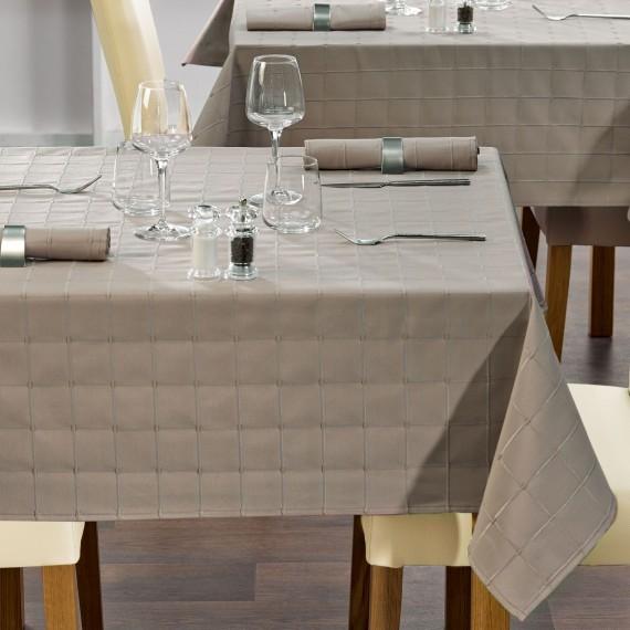 Bielizna stołowa VISALIA