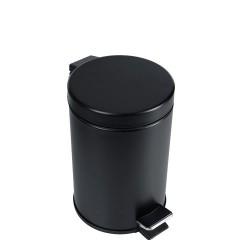 Kosz na śmieci z pedałem